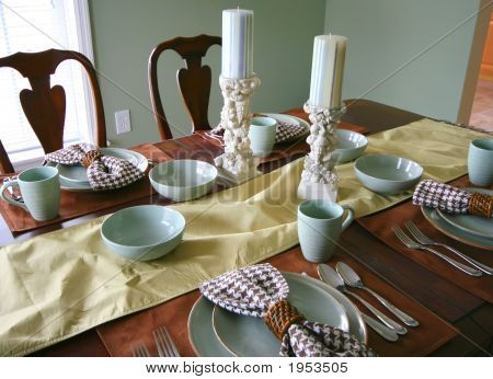 Dining Room Table Place Settings | Dining Room Table Setting Stock