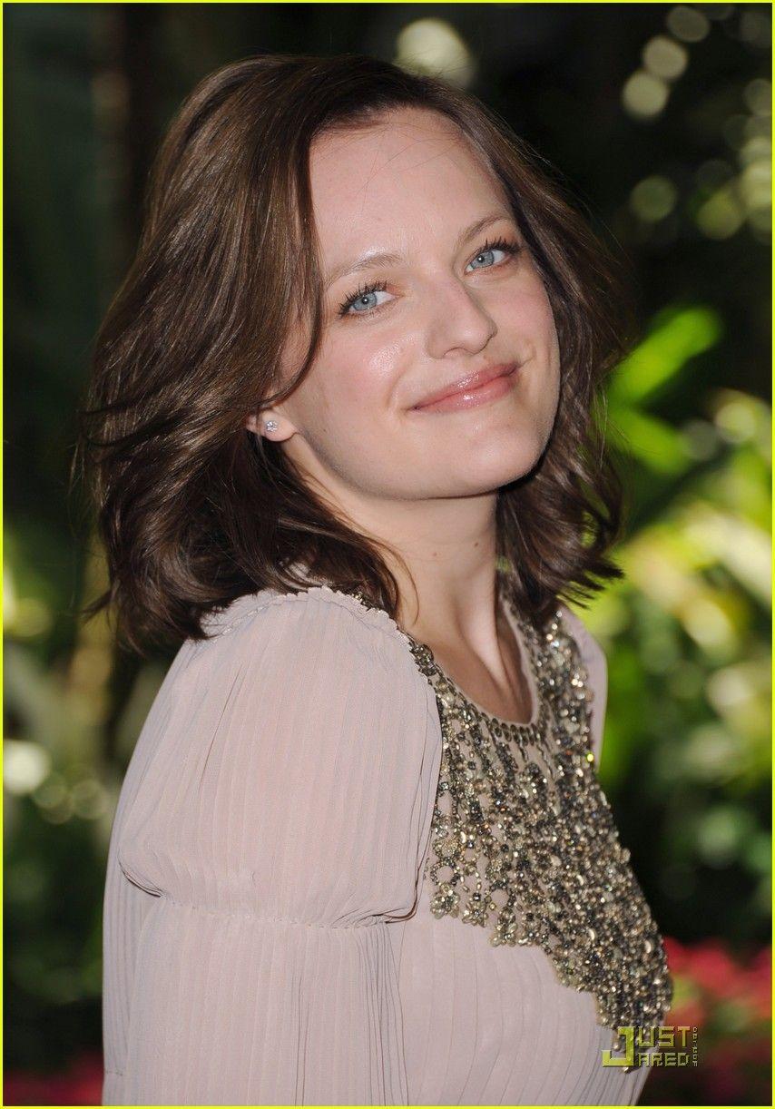 Cute overall look | Elisabeth moss, Fred armisen, Women