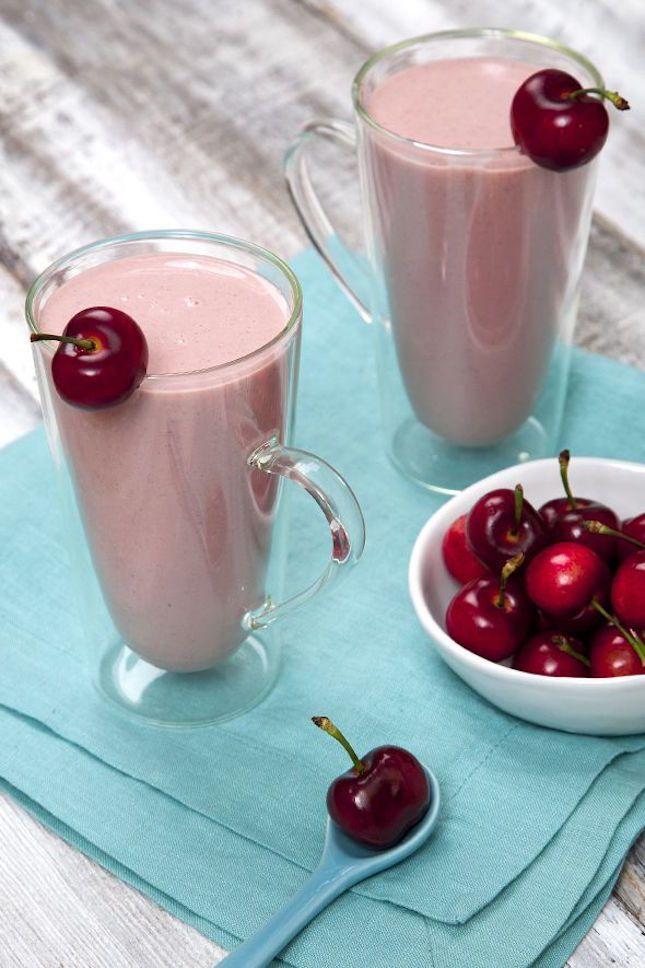 Cherry Cheesecake Protein Power Smoothie.