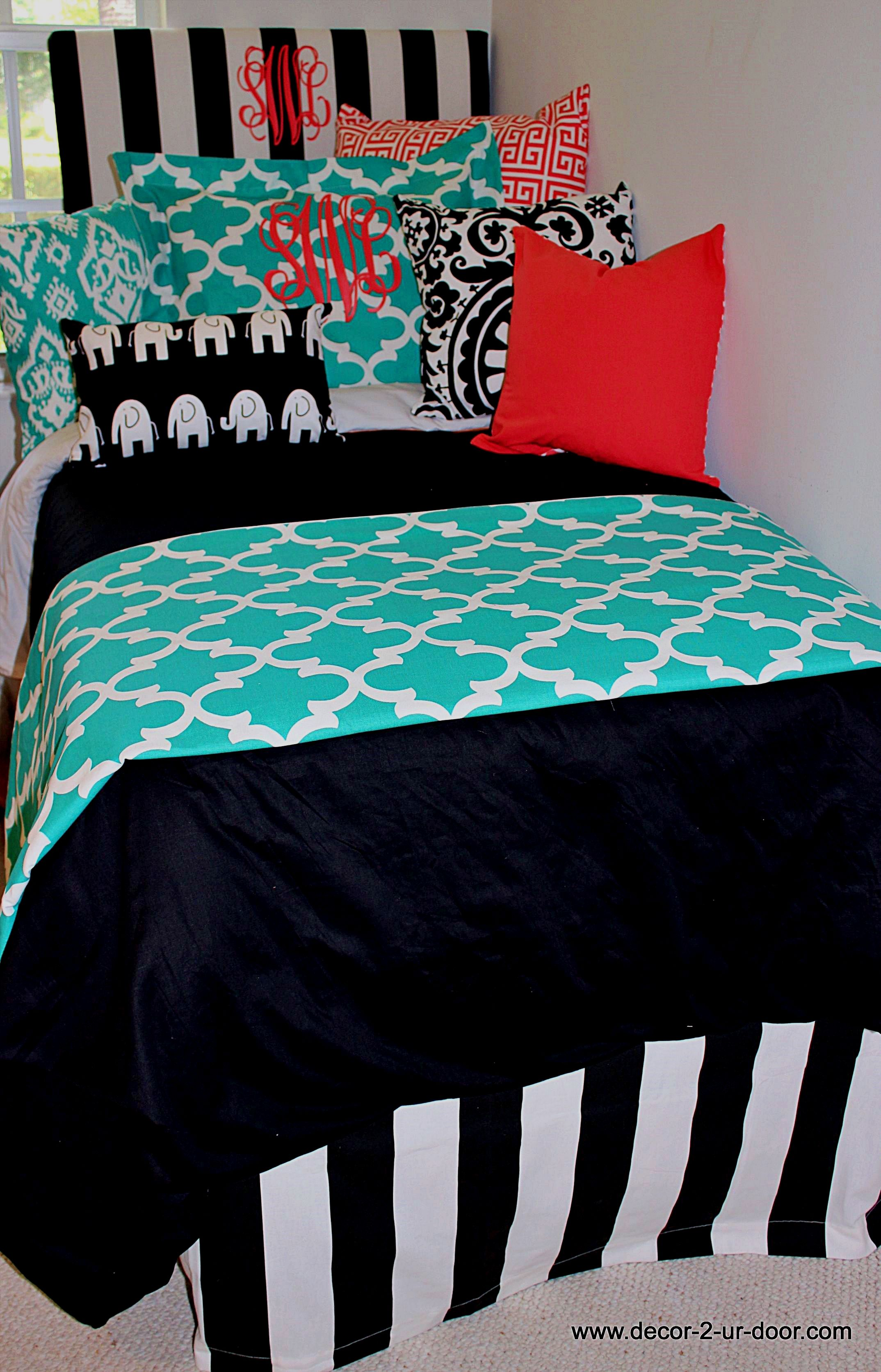 Design Your Own Dorm Room: Teenage Girl Room Decor Guide: Things That Objects On The