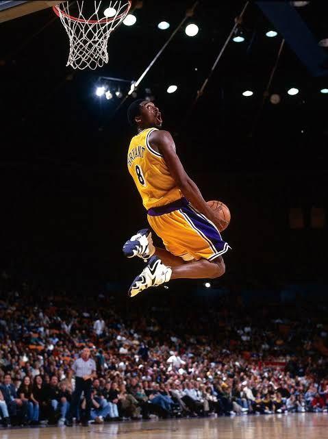 Kobe Bryant Iphone Wallpaper In 2020 Kobe Bryant Iphone Wallpaper Kobe Bryant Wallpaper Kobe Bryant Poster
