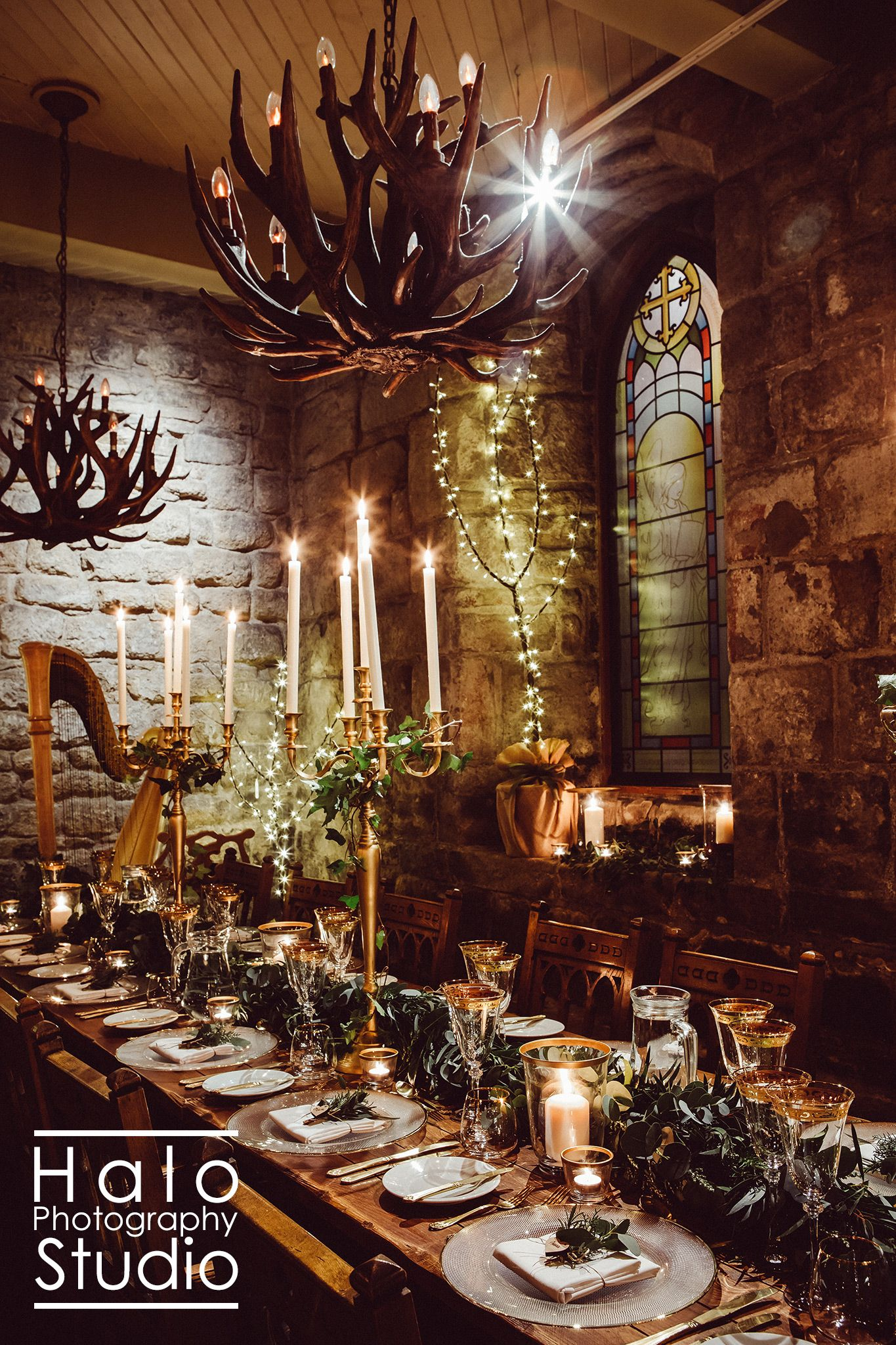 Medieval Wedding Breakfast at Blackfriars Banquet Hall in Newcastle-upon-Tyne with table settings from Northumbrian Flowers