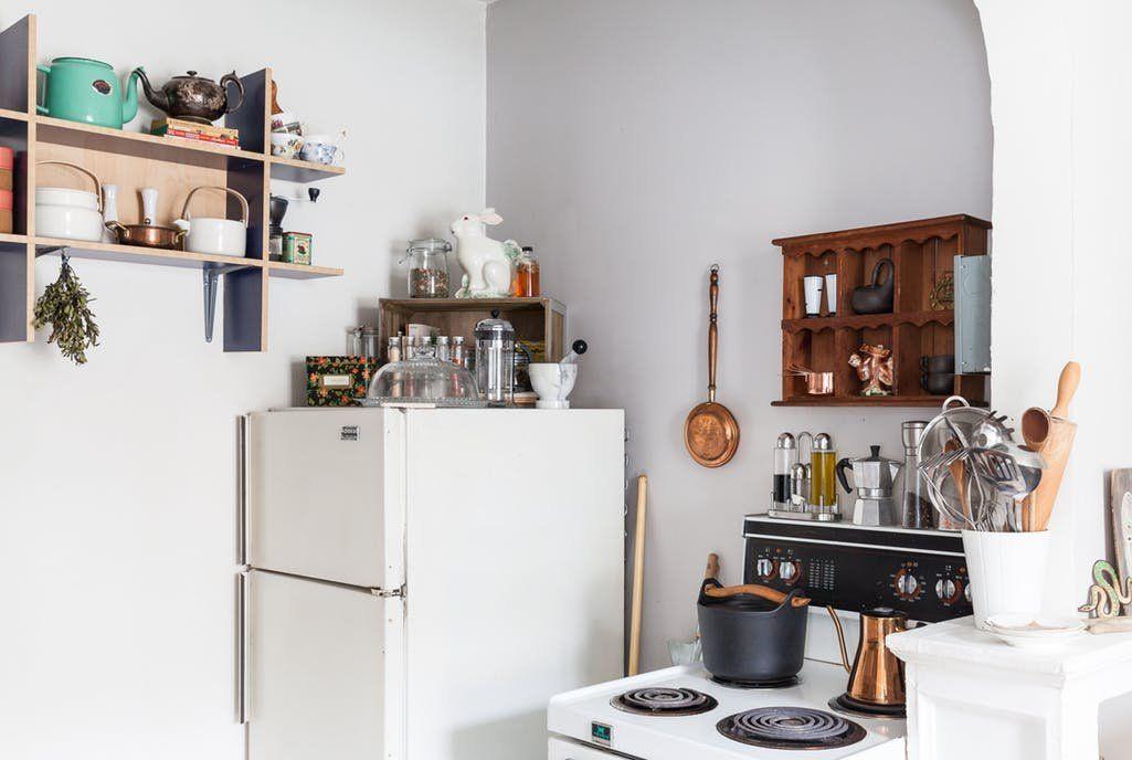 Small Studio Apartment Lisa Vanin S Toronto Home Therapy