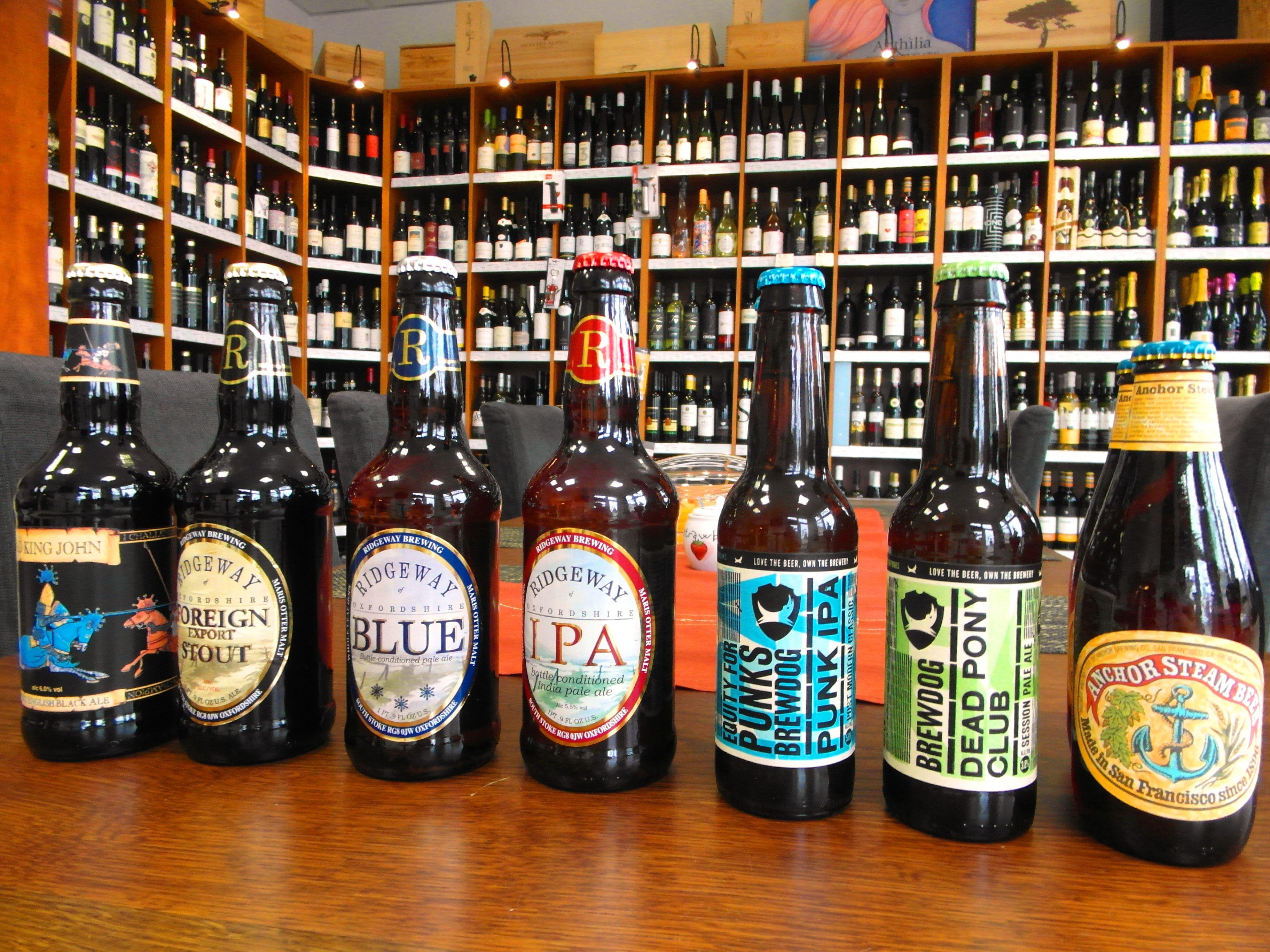 Ochutnali ste už pivo z Anglicka , Škótska alebo USA - www.inmedio.sk  #pivo #beer #birra #cerveza #anglicko #skotsko #usa #bier #brewdog #ridgeway #ipa #anchorsteambeer #paleale #ale