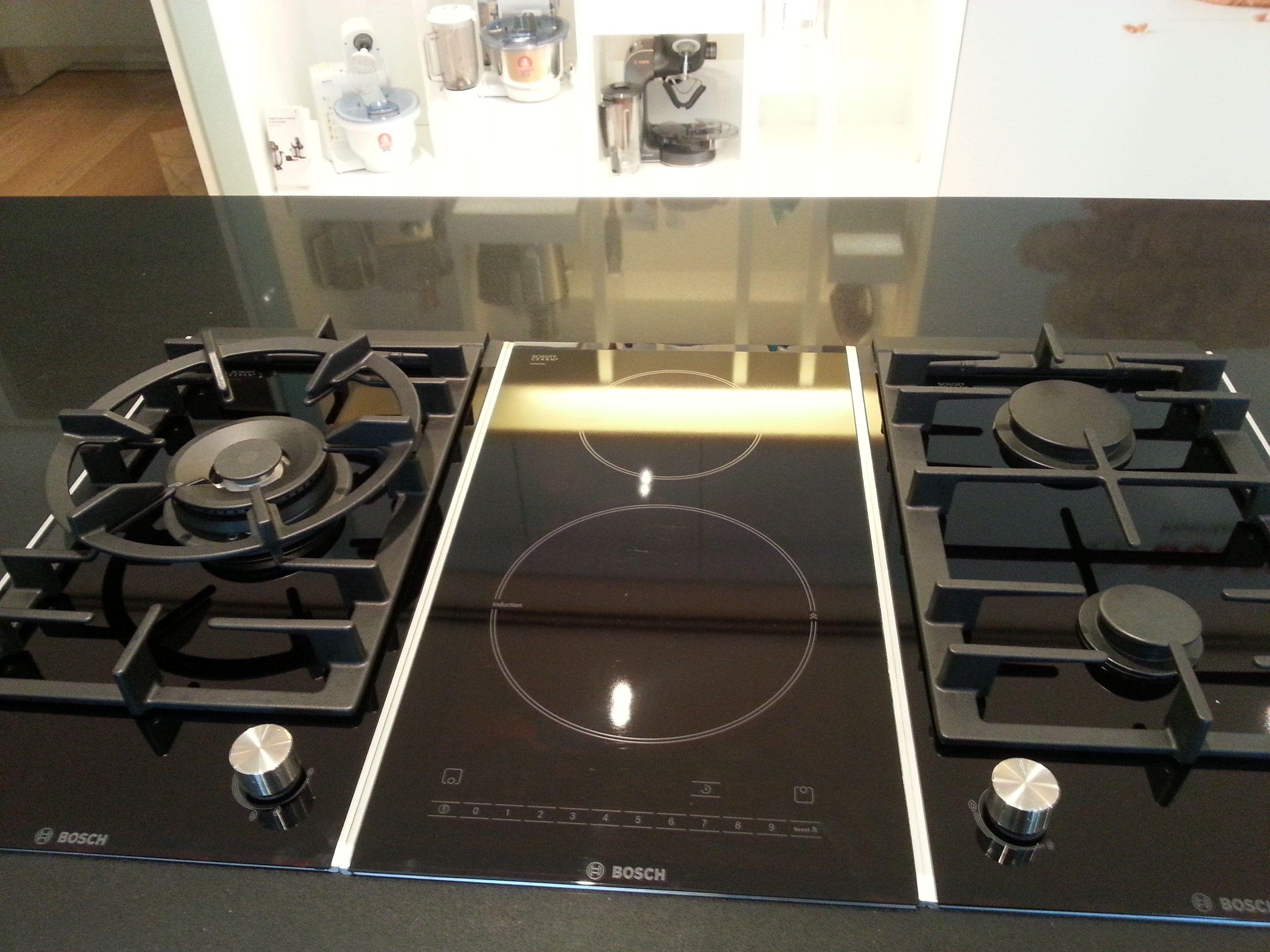 Induction And Gas Stove Modern Kitchen Gadgets New Kitchen Cabinets Interior Design Kitchen