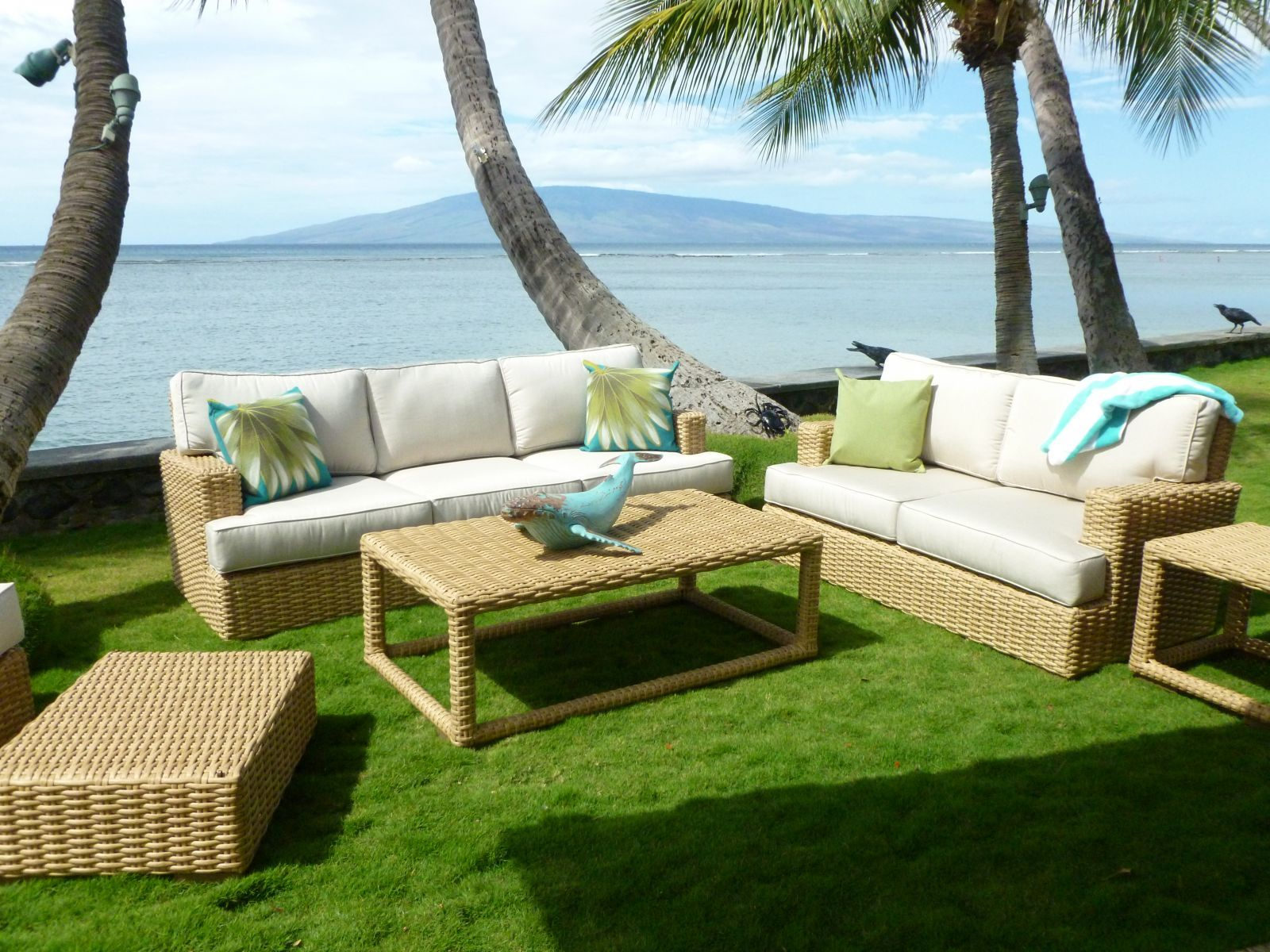 Maui Furniture Store Discount Sale Specials Lahaina Storefront