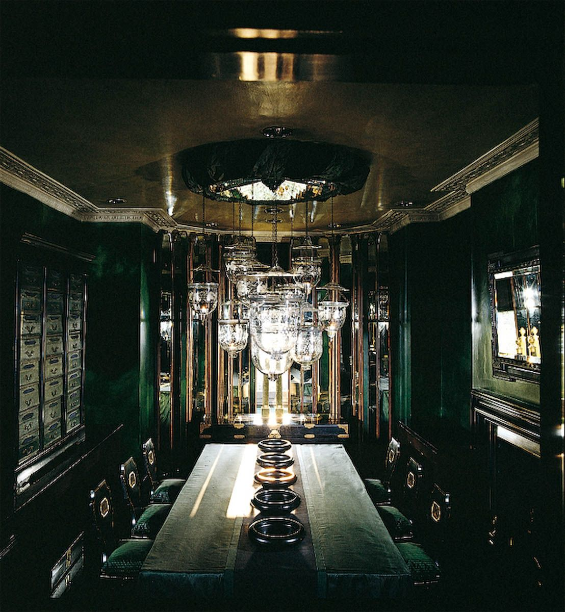 Anouska hempel design architects interior design for Hoteles diseno paris