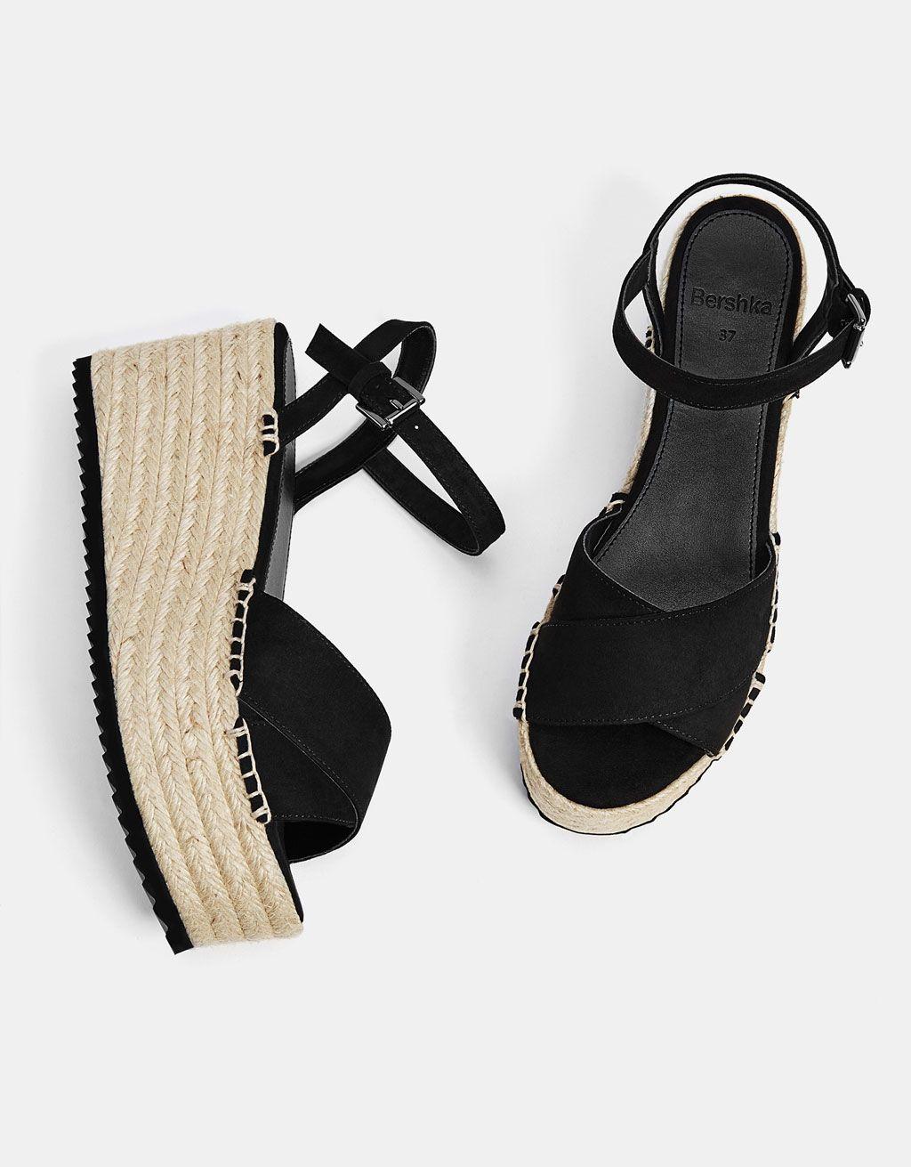 Sandalia plataforma yute negra my style en 2019 for Gabinete de zapatos para la entrada