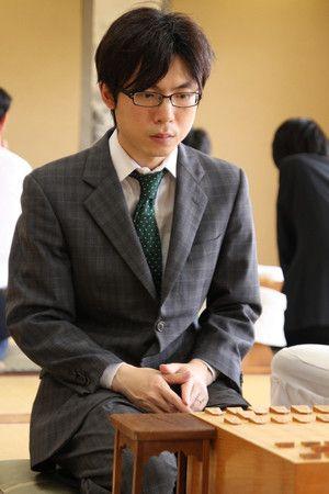 白組 横山-菅井戦