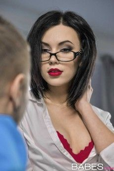 Teen glasses girl porn star