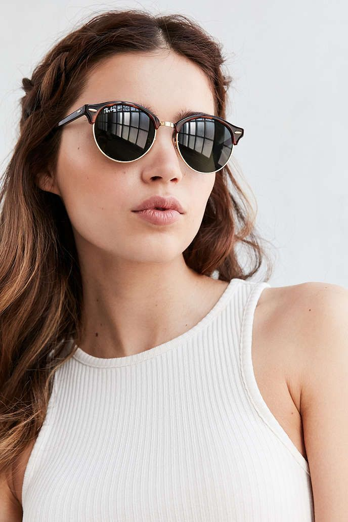 9dc48cc9b2abaf Ray-Ban Clubround Sunglasses - Urban Outfitters Lunettes De Soleil 2017,  Mode Femme,