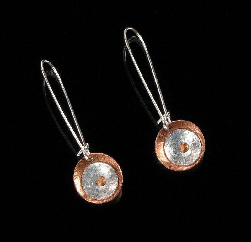 Mixed metal jewelry art jewelry copper aluminum for Minimal art jewelry