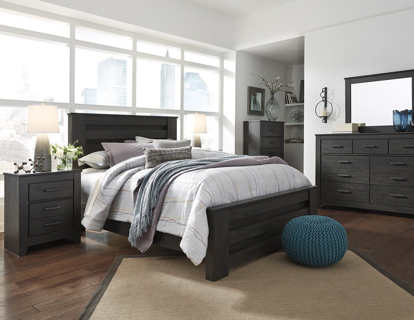 brinxton 5 pc king bedroom set king poster bed dresser mirror