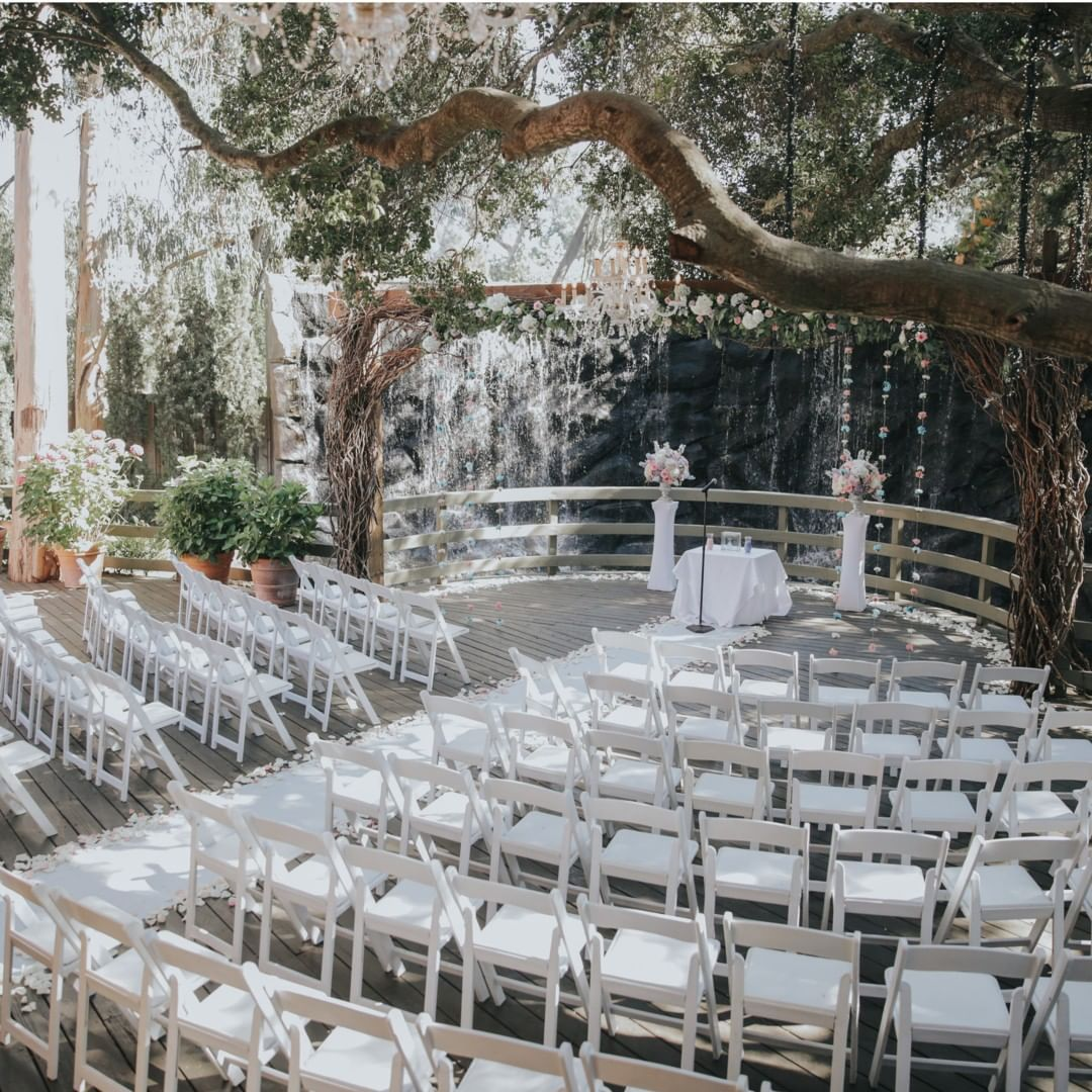 Calamigos Ranch On Instagram With The Gorgeous Stone Waterfall And Shaded Oak Tree This I Beautiful Outdoor Wedding Outdoor Wedding Outdoor Wedding Ceremony