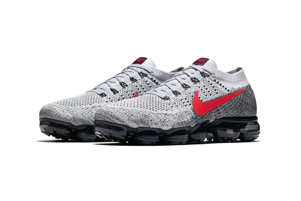 online retailer a6371 d94f7 Nike's Upcoming Air VaporMax Honors Silhouette's OG Colorway ...