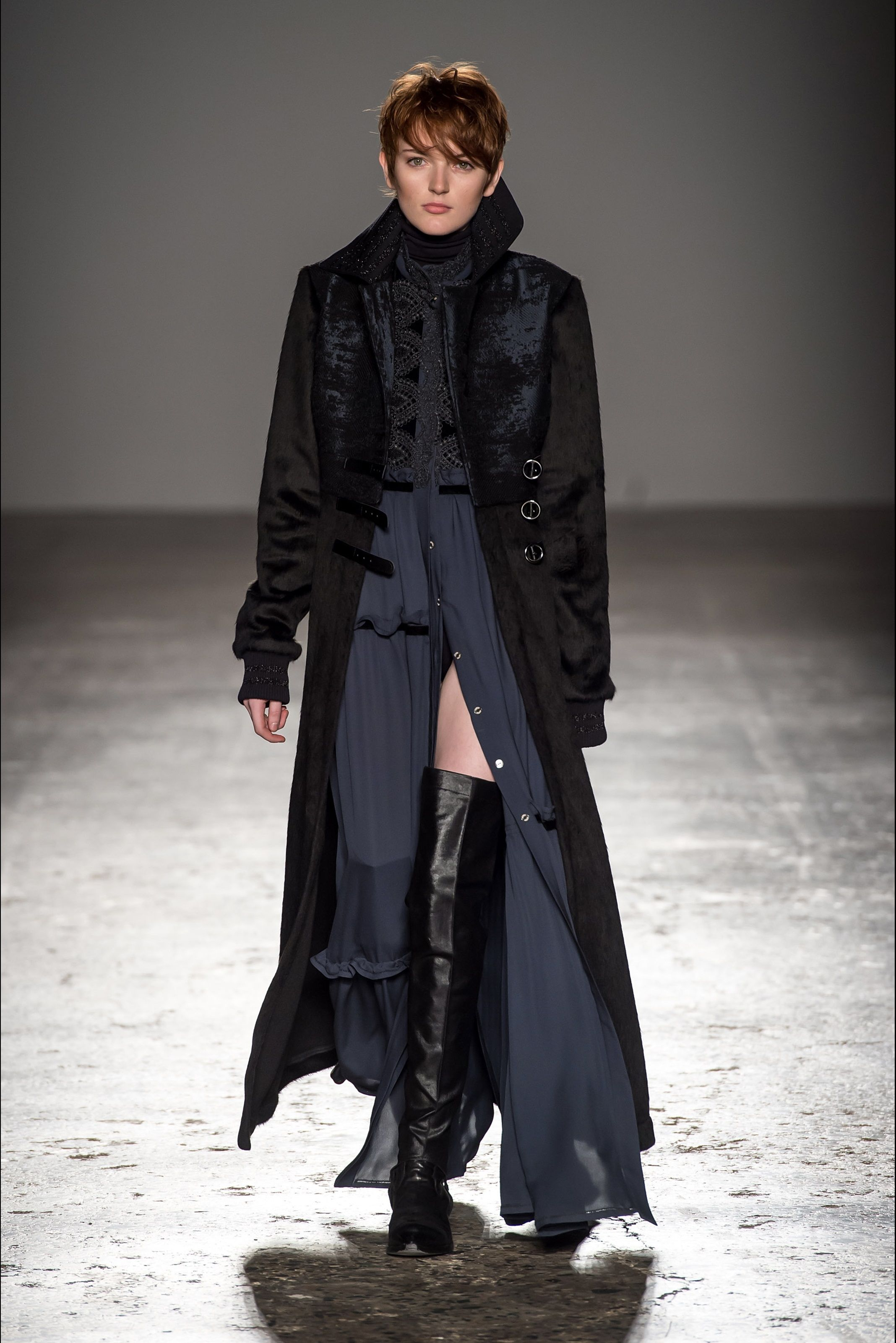 ef00a6949f Grinko Milano - Collections Fall Winter 2017-18 - Shows - Vogue.it ...