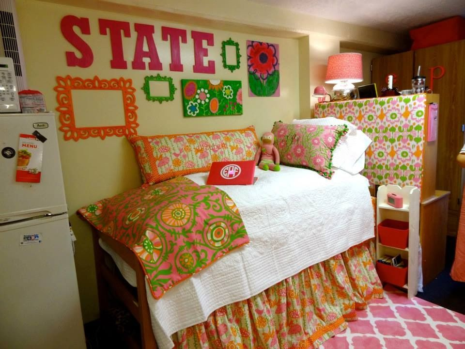 Dorm Room, Mississippi State! A Shade Better, Memphis, Tennessee Part 12