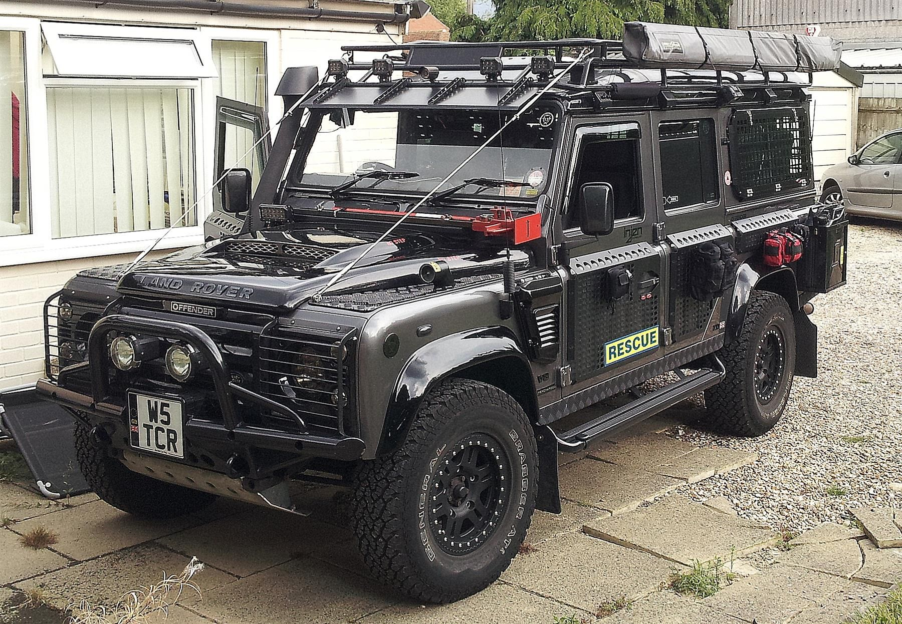 used 2002 land rover defender for sale in berkshire pistonheads diesel beasts land rover. Black Bedroom Furniture Sets. Home Design Ideas
