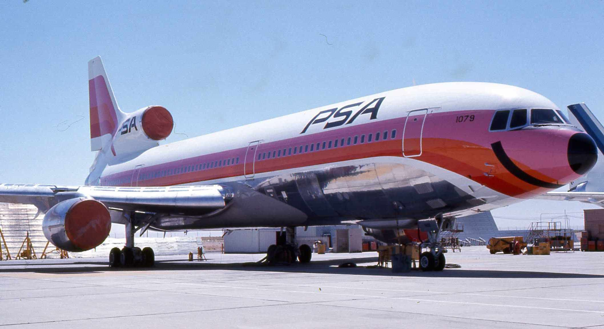 Pacific Southwest Airlines | File:Pacific Southwest Airlines L-1011 N1079.jpg - Wikipedia, the free ...