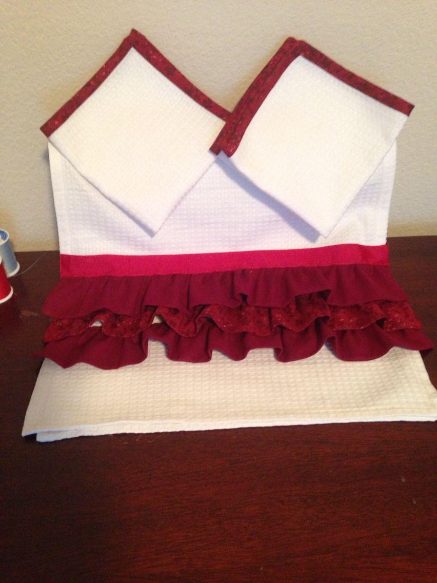 Kitchen set (dish towel & rags) made by StrangeCreationz