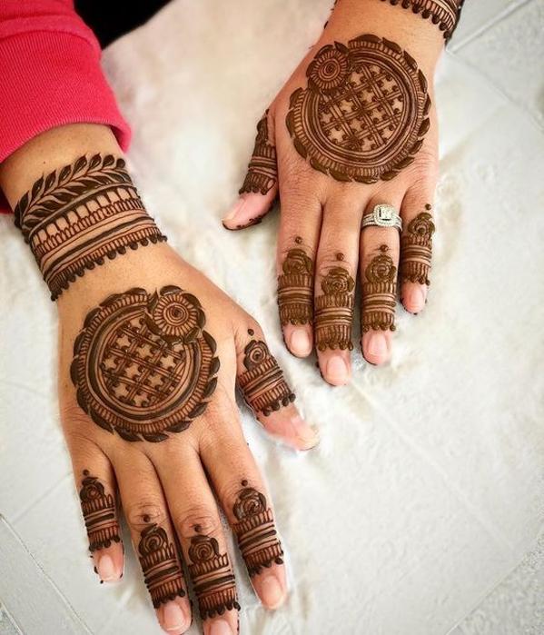 mehandi design of back hand