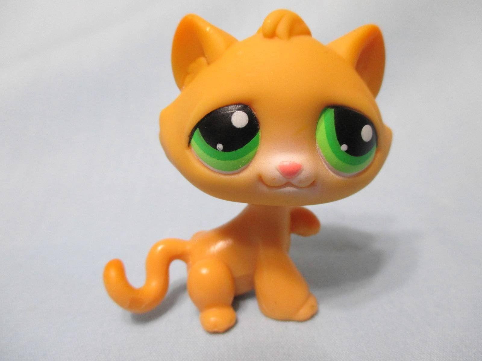 Littlest Pet Shop Cat Tabby Kitty Orange W Green Eyes Paw Up 110