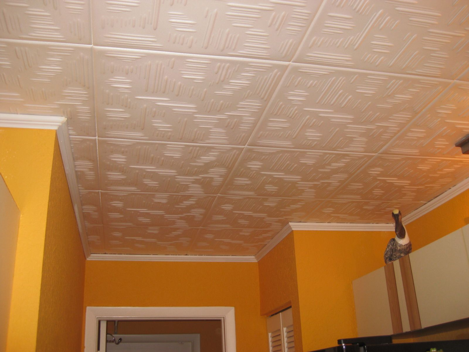 How to paint styrofoam ceiling tiles httpltgenthow how to paint styrofoam ceiling tiles httpltgent dailygadgetfo Images