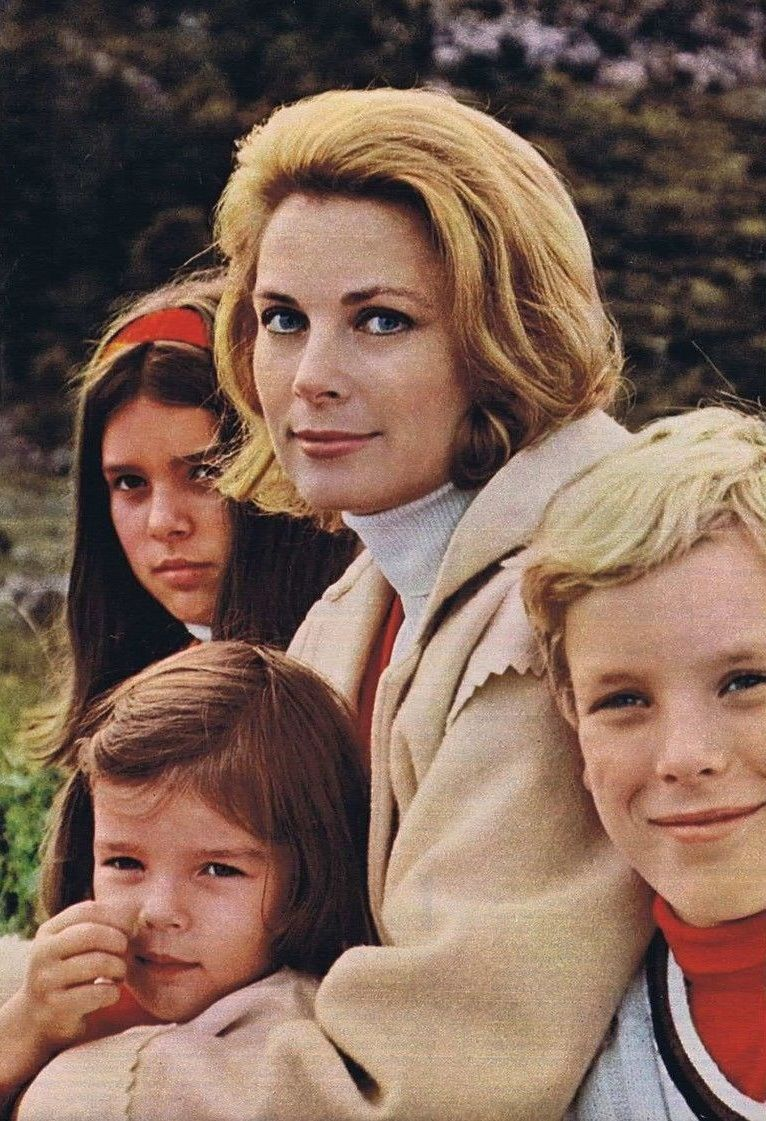 Princess Grace With Her Children In 1969 Photographed By Howell Conant