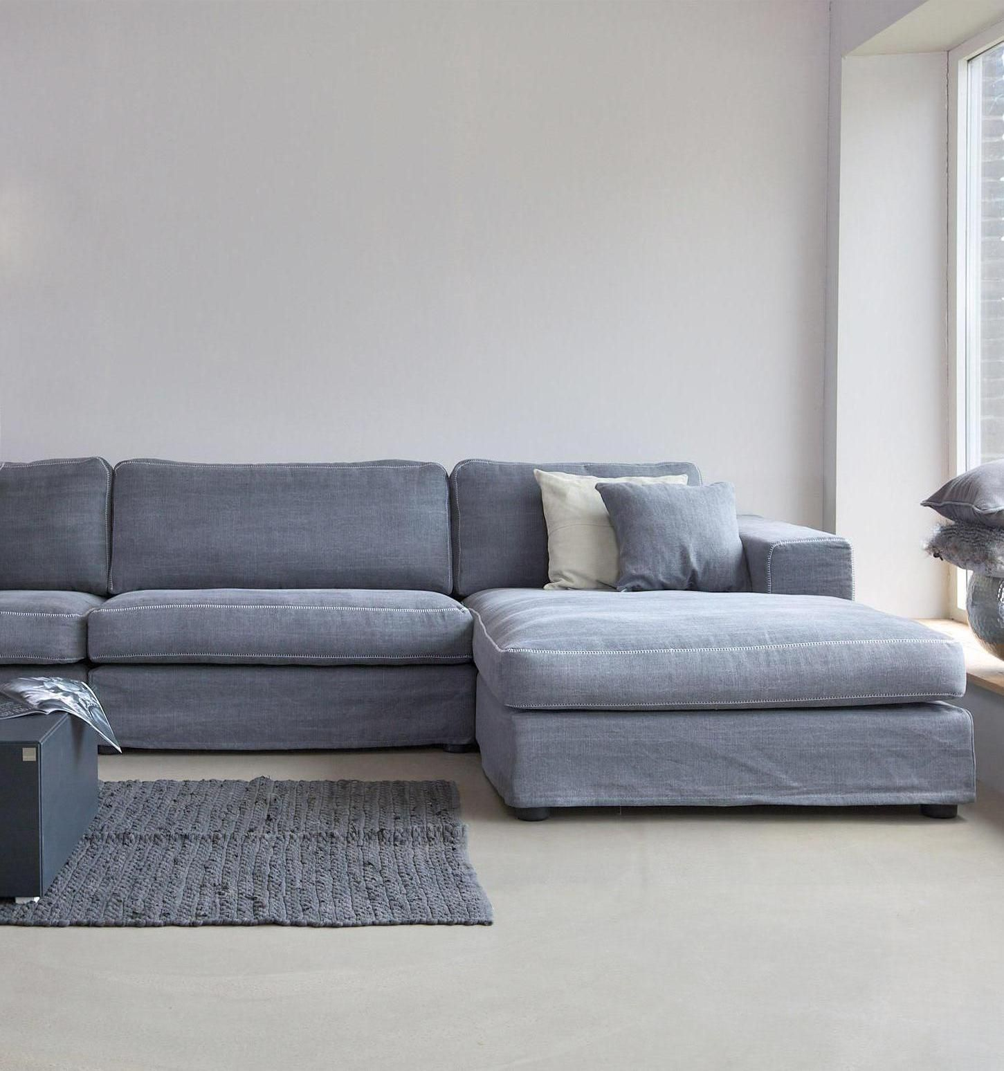 Licht grijze bank / Soft grey sofa