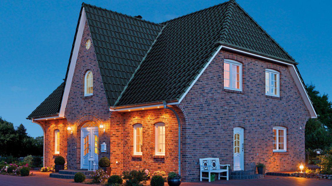 einfamilienh user friesenhaus klinkerfassade vorderseite friesenhaus pinterest. Black Bedroom Furniture Sets. Home Design Ideas