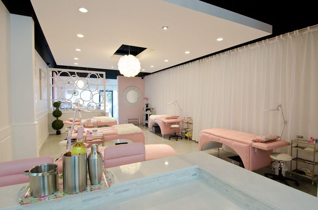 Pin by Janelle Elizabeth on Future Shoppe | Eyelash salon ...