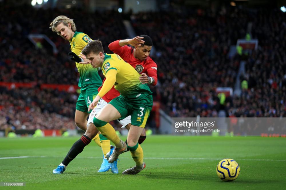Marcus Rashford Of Man Utd Battles With Todd Cantwell Of Norwich And In 2020 Marcus Rashford Man Battle