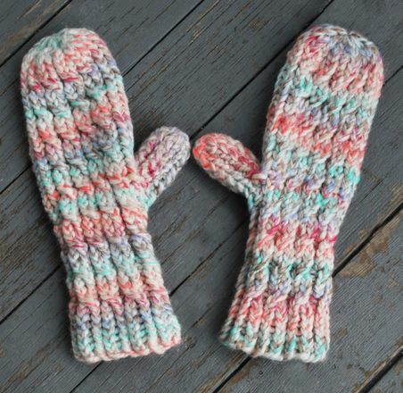 Thick & Quick Cable Mittens #loomknitting