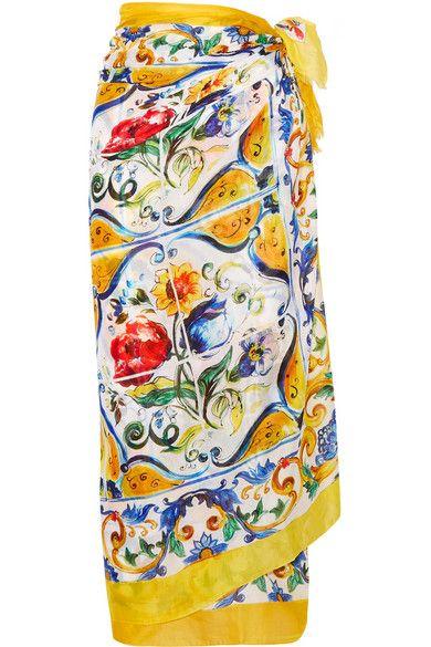 DOLCE   GABBANA Printed Cotton Pareo.  dolcegabbana  cloth  beachwear 7accb24bb8a