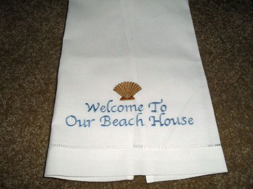 EMBROIDERED HAND TOWEL~WELCOME TO OUR BEACH HOUSE~ WHITE FIELD GOLDEN SHELL