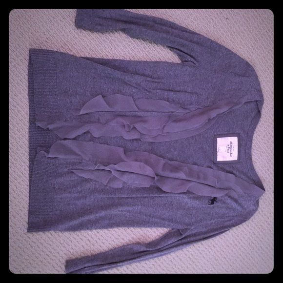 Sweater Abercrombie and Fitch grey ruffly sweater Abercrombie & Fitch Sweaters Cardigans