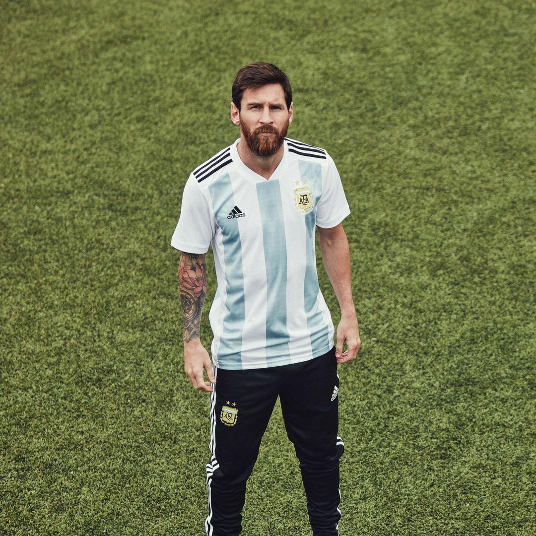 La camiseta y el short adidas de la Selección Argentina que usara en el  Mundial de Rusia 2018 lo conseguís en nuestra Tienda Sport78.