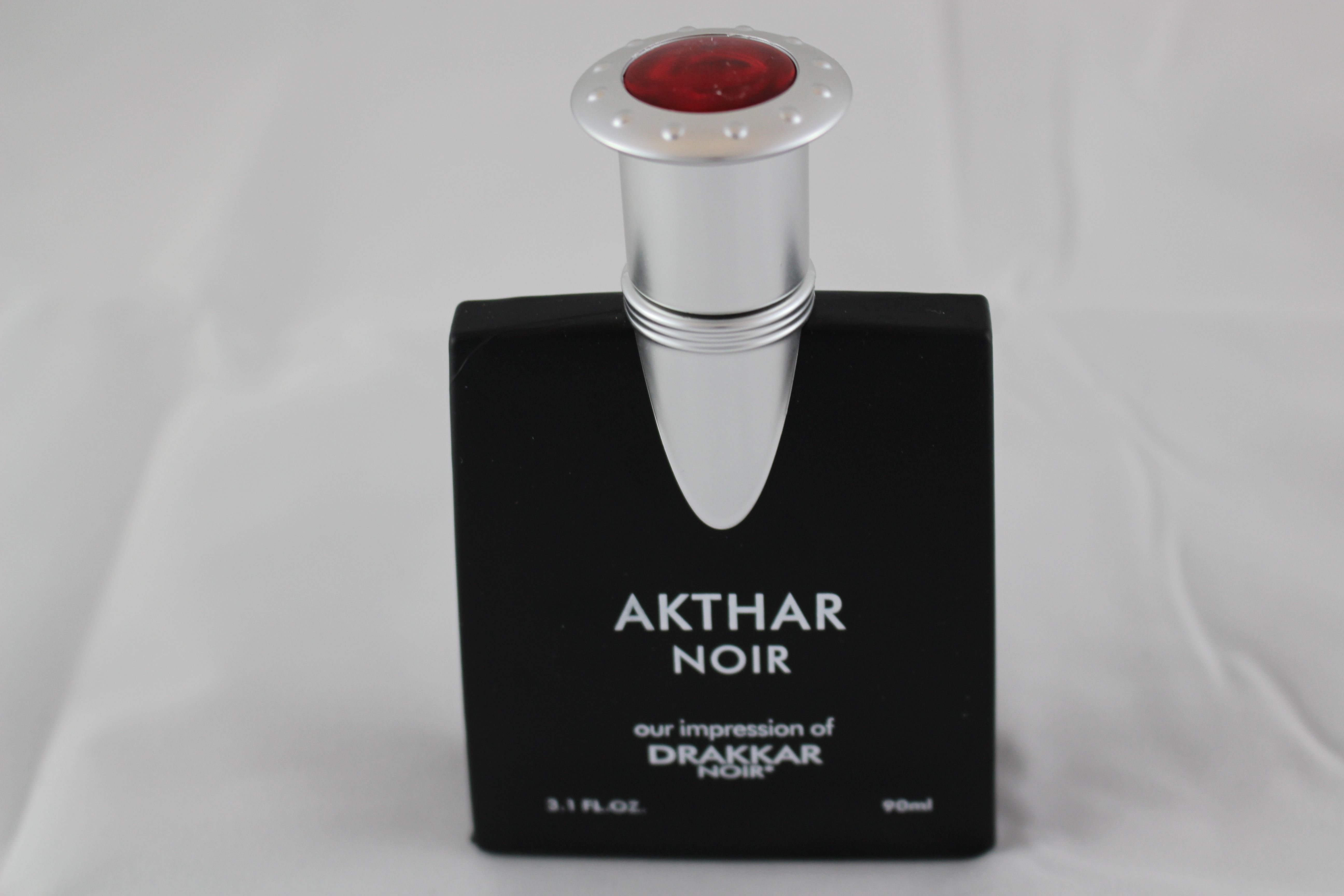 00c9ecf0f6 Akthar Noir is a classic fragrance with the following notes and bases:  Notes Basil Amber Patchouli Bases Cedarwood Leather Sandalwood