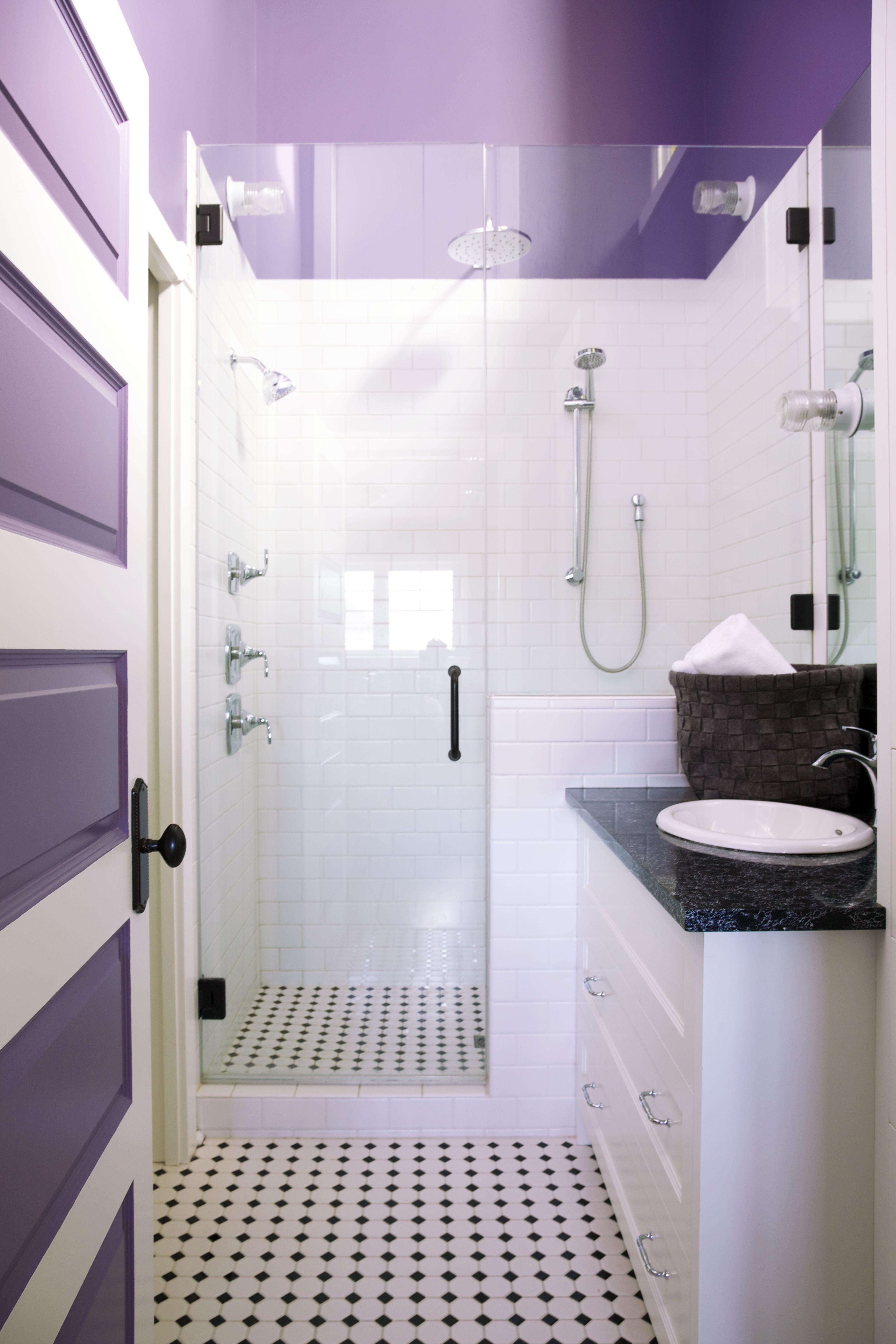 Lynn Donaldson & Associates // Ensuite // Bright Bathroom // Purple ...