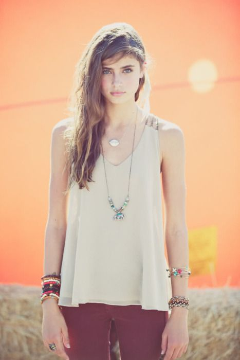 Maroon pants, nude singlet, long necklace, gold bangles, nude sandals