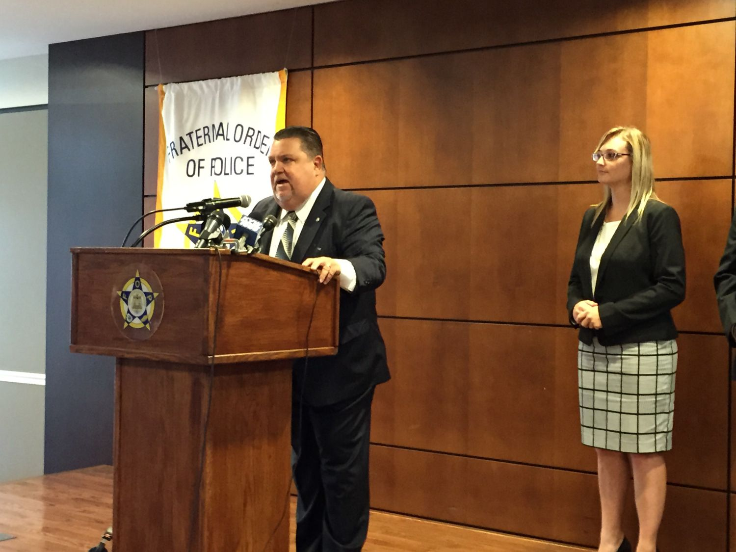 Philly FOP Prez on Endorsement: Clinton 'Blew The Police Off' « CBS Philly