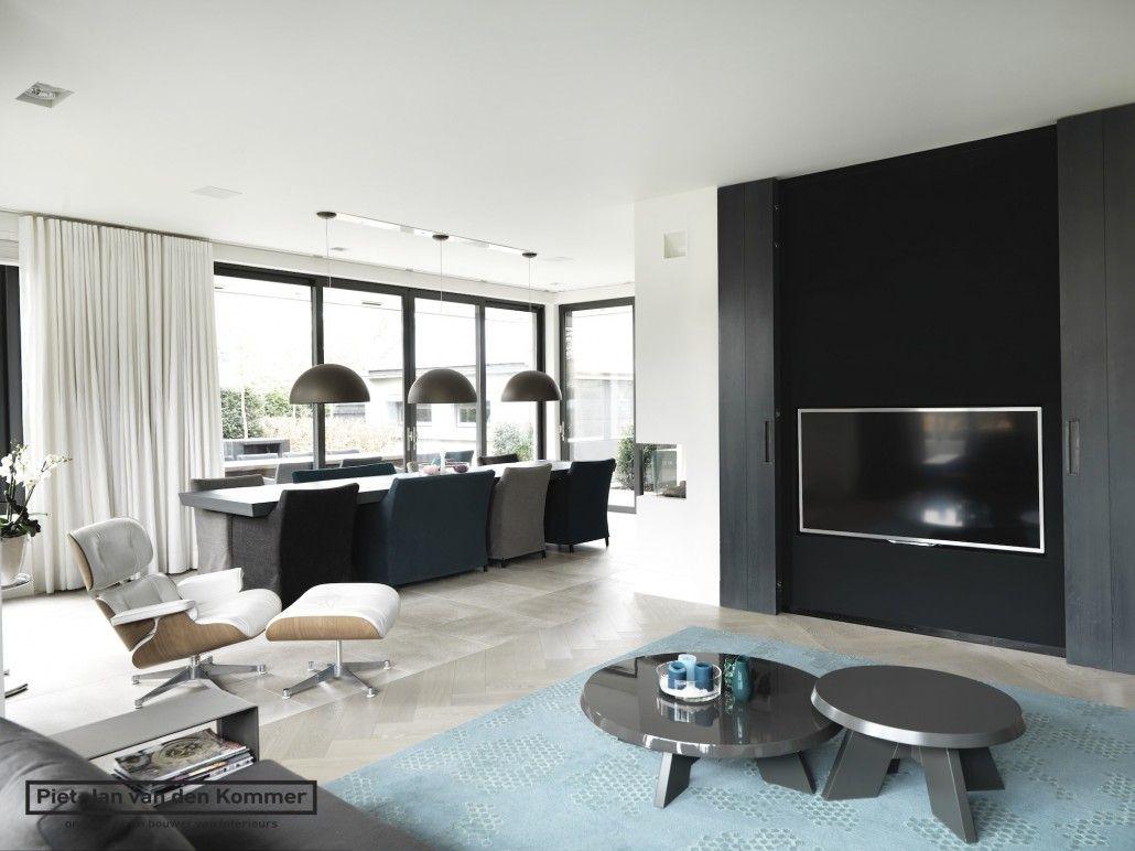 Moderne villa - Woonkamer tv | A | Pinterest | Tv walls, Modern and ...