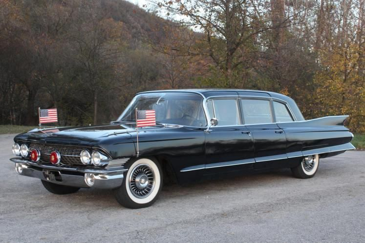 US presidential limousine the beast named by Obama | P - President ...
