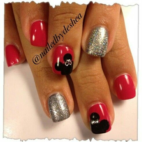christmas nails or just really elegant disney classy nails i cant decide opinions fully welcomed - Disney Christmas Nails