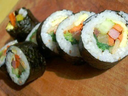 Korean sushi - Kimbap - #sushi, #recipe, #korean