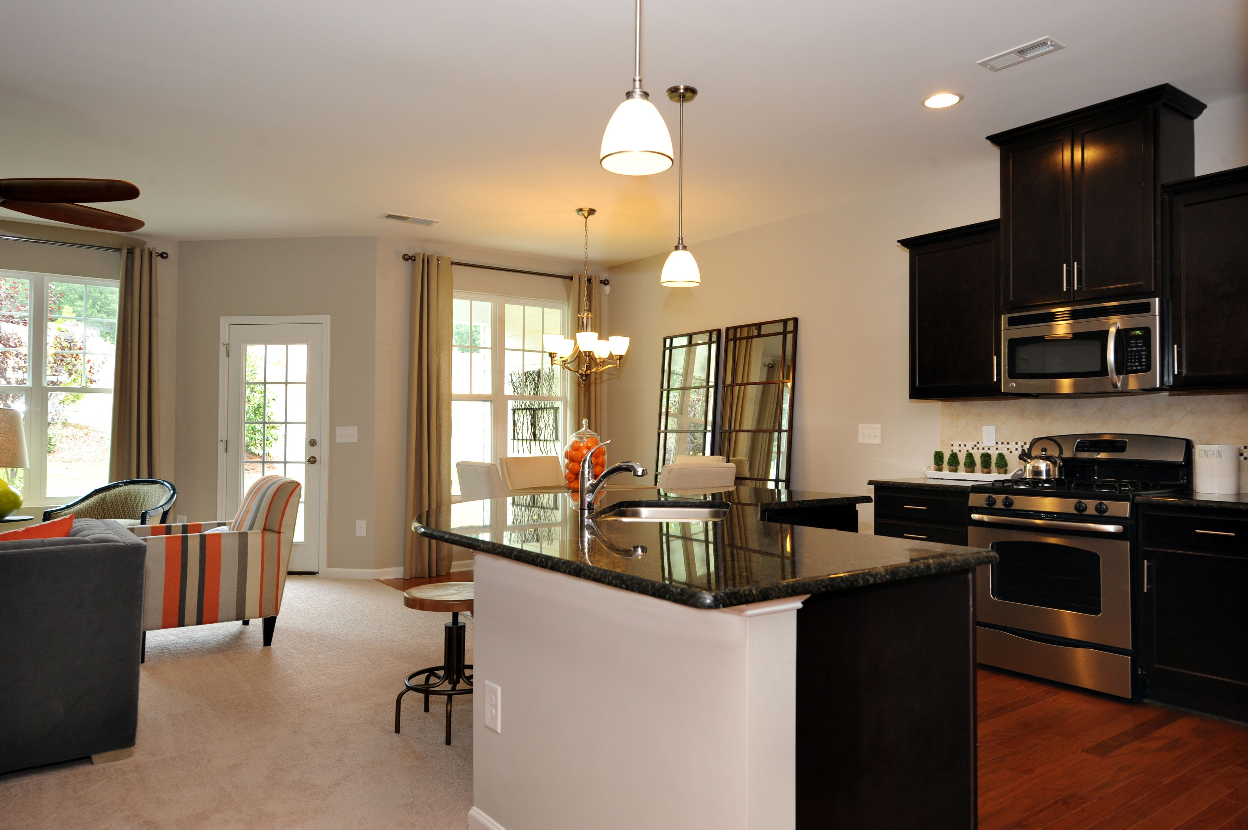 Abbey Kitchen 55 James Townhome Apex Nc Townhouse Designs Home North Carolina Homes