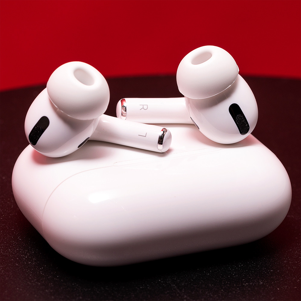 The Best Wireless Earbuds To Buy Right Now Airpods Pro Earbuds Wireless Earbuds