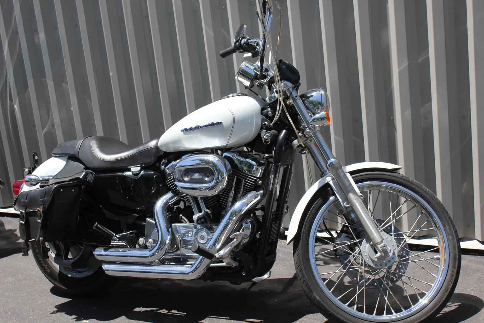 Used 2005 HarleyDavidson XL1200C Sportster Custom Ref