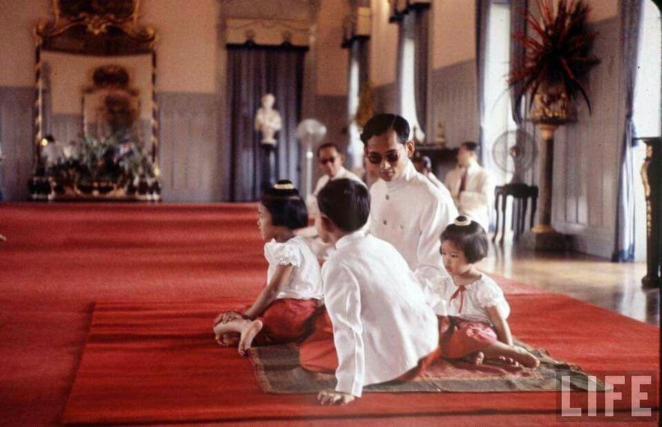 กรุงเทพมหานคร (พระนคร) | Bangkok  ถ่ายเมื่อปีค.ศ.1960 (พ.ศ.๒๕๐๓) Photographer: John Dominis Image Source: LIFE Magazine, United States