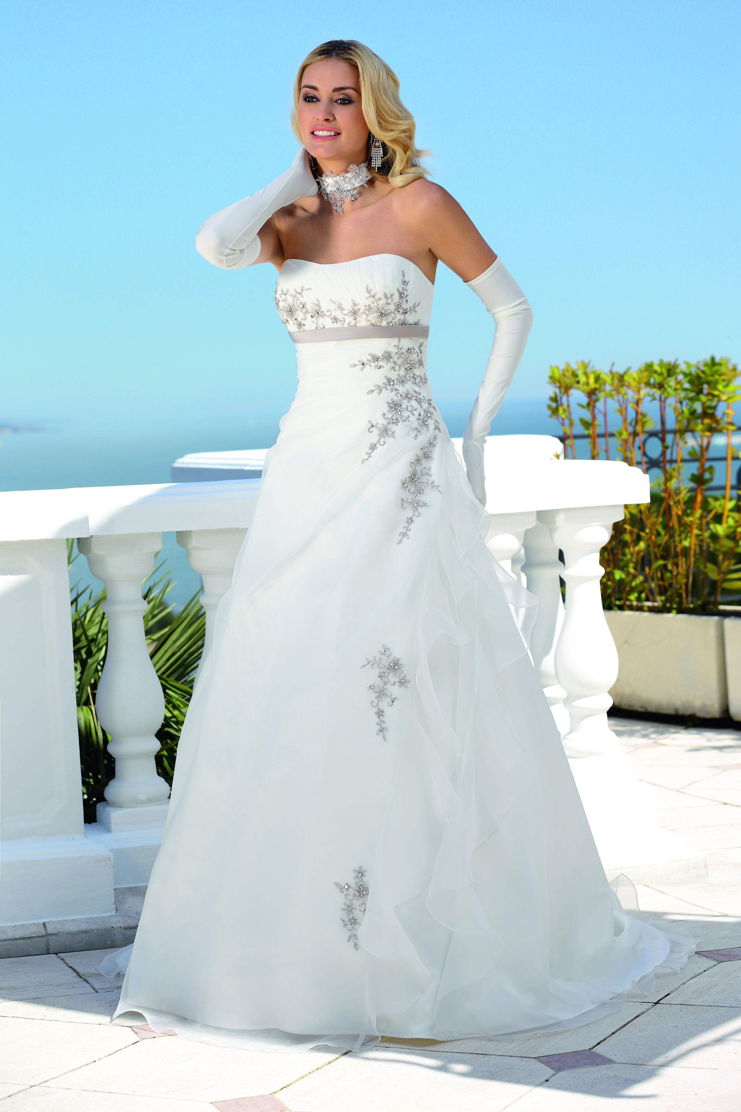 Ladybird 2014 Modell: 34089 | Brautkleider | Pinterest | Modell ...